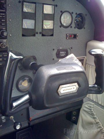 — — - Right side of N8902V