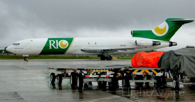 BOEING 727-200 (PR-IOG) - BOEING 727-200 OF RIO CARGO IN BRASILIA, BRAZIL.