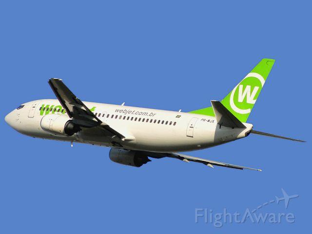 BOEING 737-300 (PR-WJX)