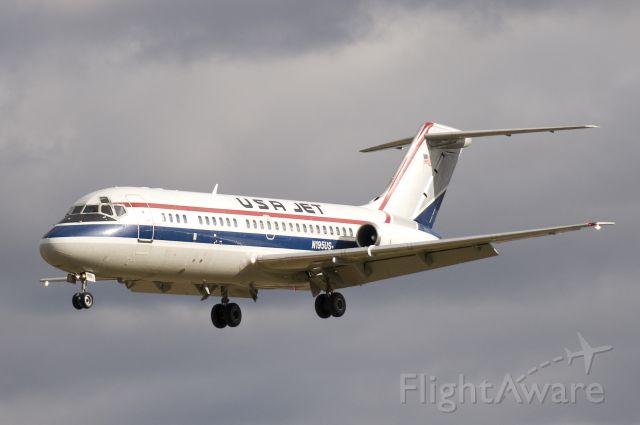 Douglas DC-9-10 (N195US)