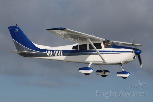Cessna Skylane (VH-DUZ)