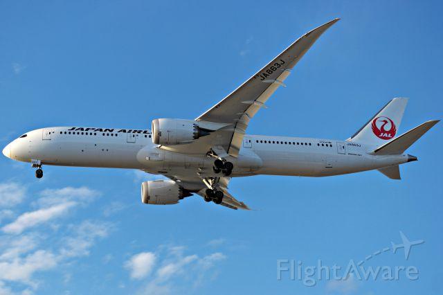 Boeing 787-9 Dreamliner (JA863J)