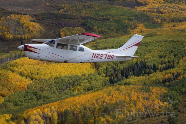 Cessna Centurion (N2279R) - Nice day in the mountains of Colorado