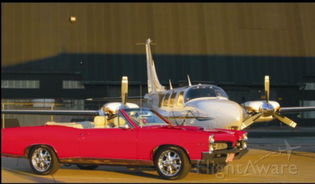 Piper Aerostar (N42HP)