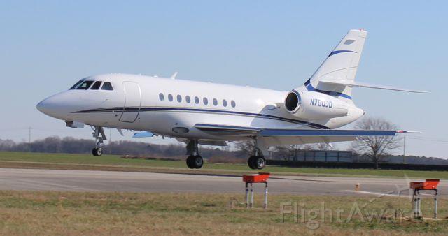 Dassault Falcon 2000 (N700JD) - A Dassault  Falcon 2000 arriving Runway 36 at Pryor Regional Airport, Decatur, AL - January 21, 2020.