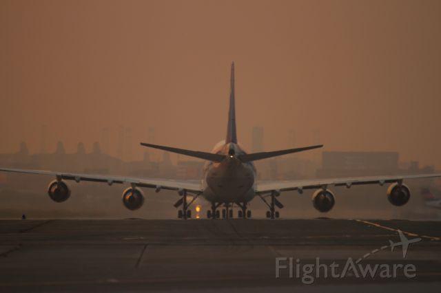 Boeing 747-200 (JA8960)