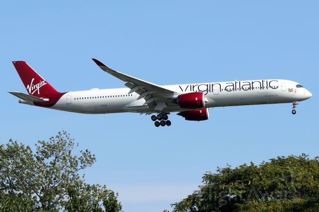 Airbus A350-900 (G-VLUX) - 'Virgin Atlantic 153' arriving from London-Heathrow. Plane named 'Red Velvet' is Virgin Atlantic's first A350 and was delivered on 6/25/2019