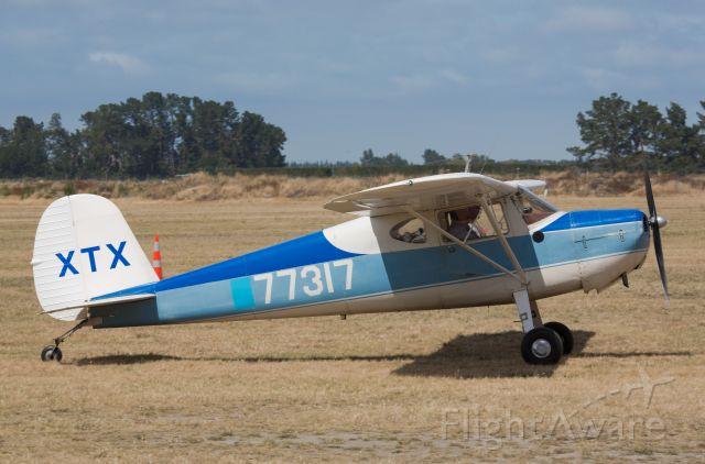 Cessna 120 (ZK-XTX)