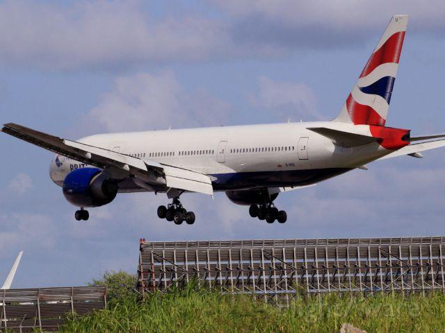 BOEING 777-200LR (G-VIIU)