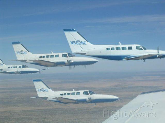 Cessna 402 —