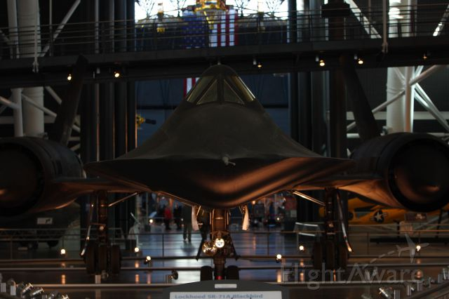 — — - SR-71 Smithsonian Air and Space Museum Udvar-Hazy Center