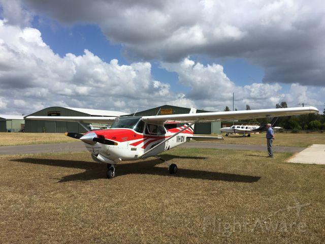 Cessna Skyhawk (VH-IDV) - Cessna172 RG