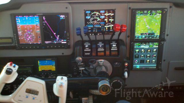 Beechcraft 55 Baron (N1832W) - New panel by Cumberland Avionics