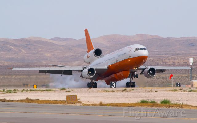 McDonnell Douglas DC-10 (N17085) - Aviation Nation 2016/Water Drop Demonstrationbr /br /The 41-year-old DC-10-30 touching down nicely at Nellis AFB.