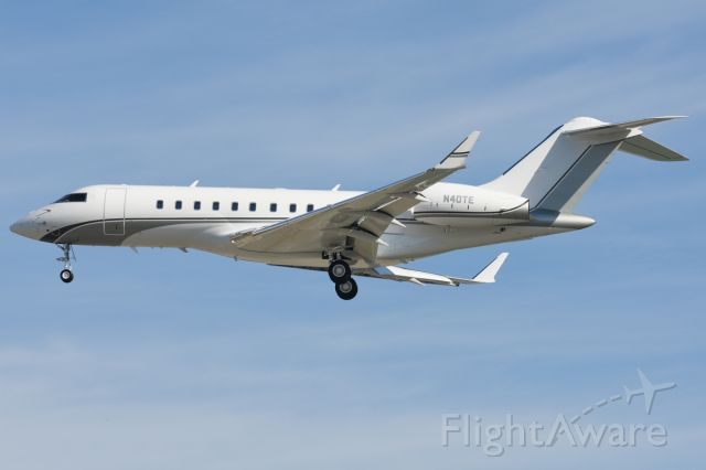 Bombardier Global 5000 (EJM674) - New livery for this Global 5000
