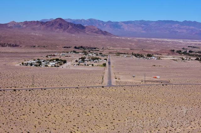 N1RT — - Approaching Runway 27 Tecopa California