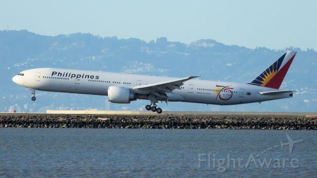 BOEING 777-300ER (RP-C7774)