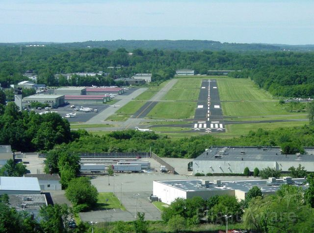 — — - Essex County Airport