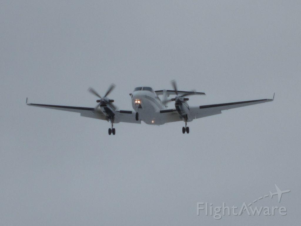 Beechcraft Super King Air 300 (N708DC)