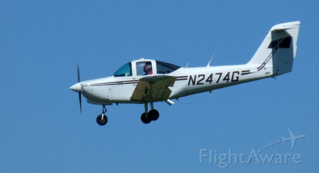 Piper Tomahawk (N2474G) - On final is this 1979 Piper Tomahawk PA-38-112 in the Summer of 2020.