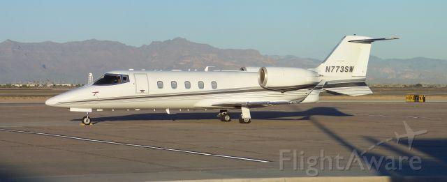 Learjet 60 (N773SW)