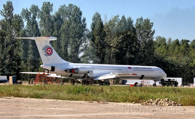 Ilyushin Il-62 — - I was on a bus heading out from the terminal to the flight line when I recognized Kim Jong-un