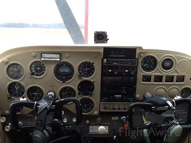 Cessna Skyhawk (N3867S)