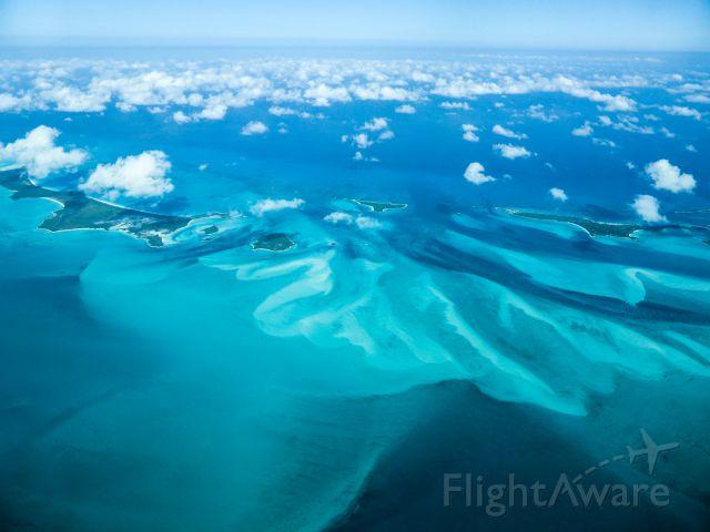 Cessna Skylane (N1967X) - Above Bahamas...