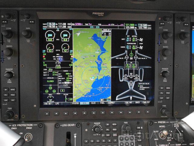 — — - Inside Embraer Phenom 300