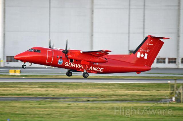 de Havilland Dash 8-100 (C-GSUR)