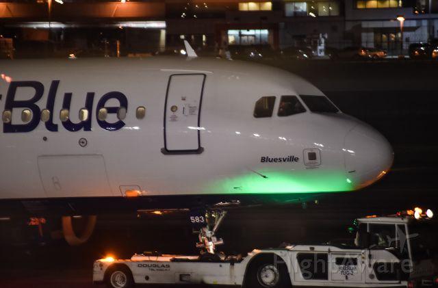 """Airbus A320 (N583JB) - """"Bluesville"""""""