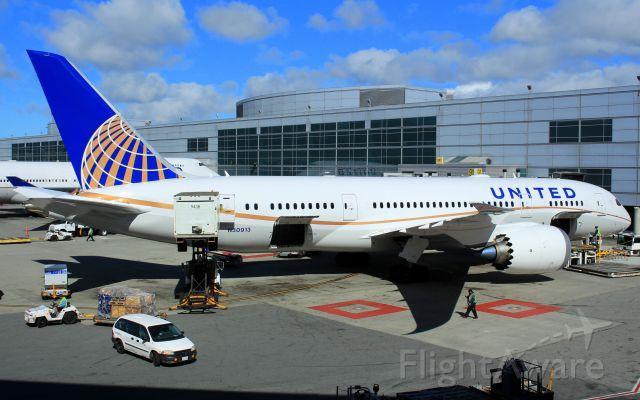Boeing 787-8 (N30913)