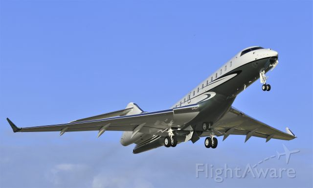 Bombardier Global Express (N1WW)