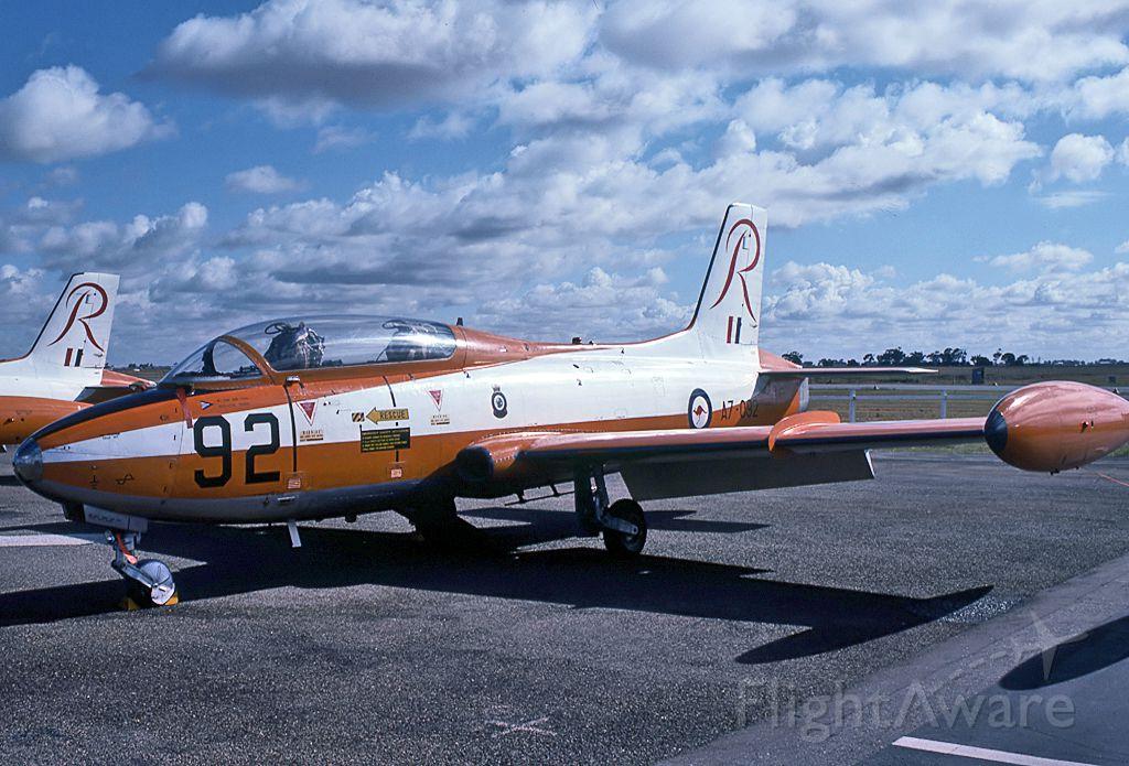 A7092 — - AUSTRALIA - AIR FORCE - COMMONWEALTH CA-30 (MB-326H) - REG : A7-092 (CN CA30-92) - BROKEN HILL NSW. AUSTRALIA - YBHI (24/4/1983)