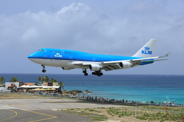 Boeing 747-400 (PH-BFH) - A sight never to be seen again!!