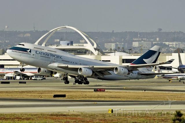Boeing 747-400 (B-HOS) - 9/24/2005