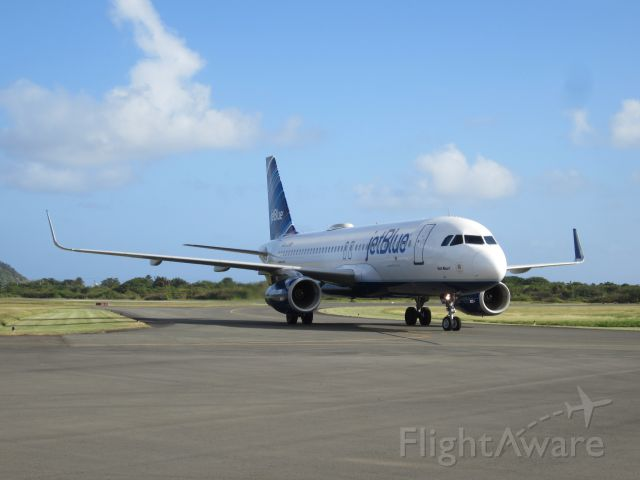 Airbus A320 (N804JB)