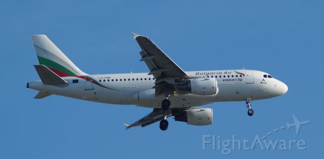 Airbus A319 (LZ-FBB)