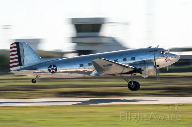 Douglas DC-3 (N47HL) - C-47