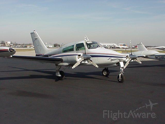 Cessna 310 (N4PJ)