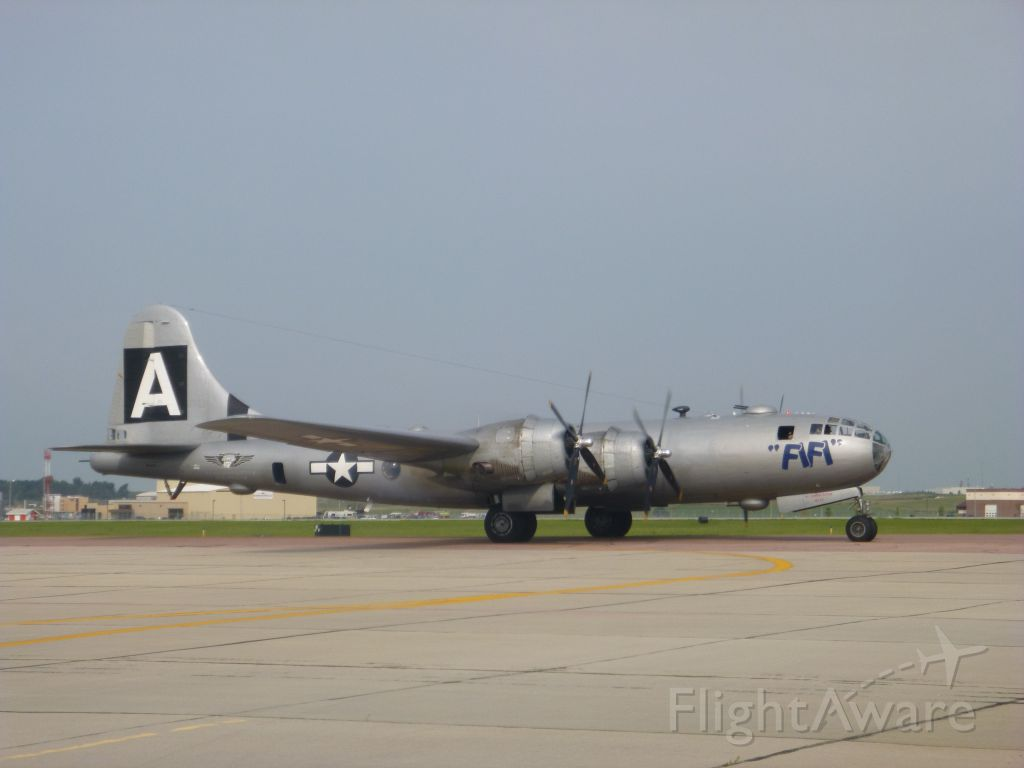 "Boeing B-29 Superfortress (NX529B) - ""FIFI"""