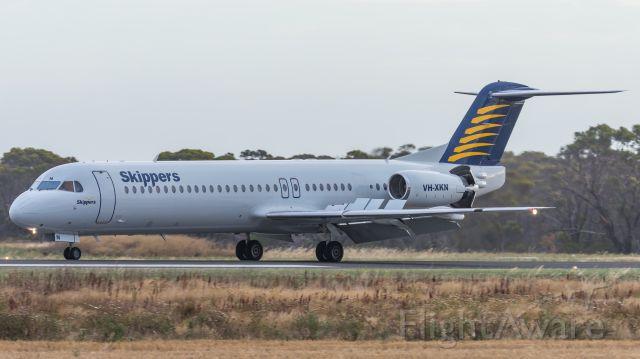 Fokker 100 (VH-XKN)