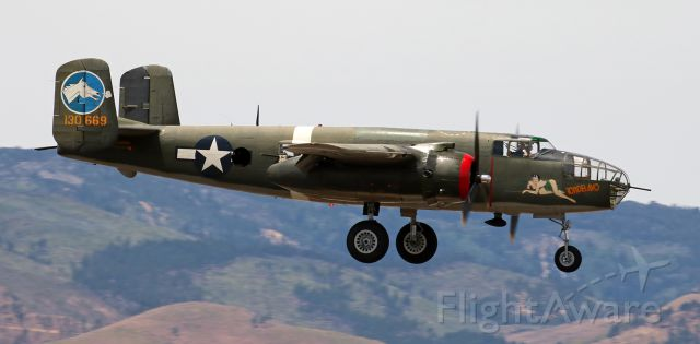 """N3476G — - Collings Foundations """"Tondelayo"""" (North American B-25 Mitchell, former 44-28932, now N3476G) on the final 1000 feet of its s/final to RTIAs runway 34R."""