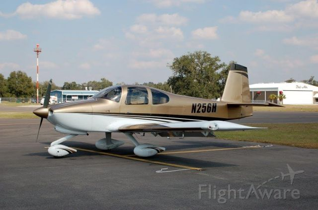 Vans RV-10 (N42AH) - This pic is of aircraft before new registration change from N256H to N42AH