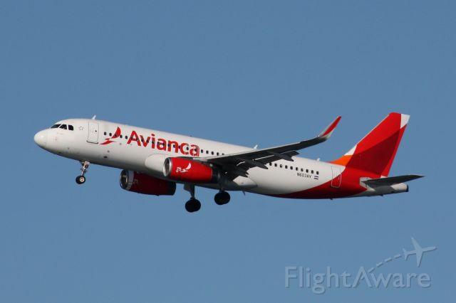 Airbus A320 (N603AV)