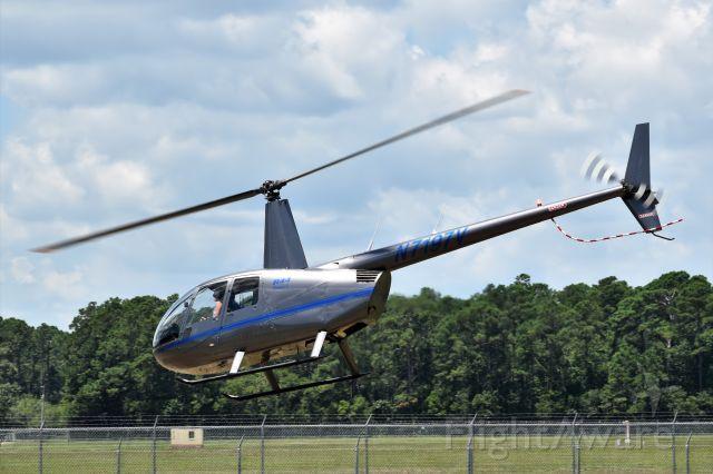 Robinson R-44 (N7197V)