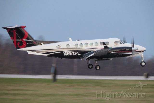 Beechcraft Super King Air 350 (N982FL)