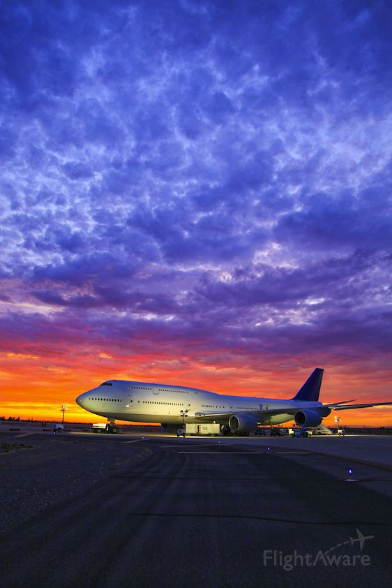 Boeing 747-200 — - 747-8i under flight test summer 2011.