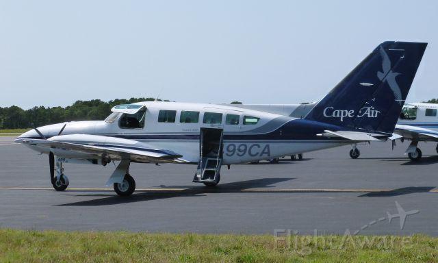 Cessna 402 (N499CA)