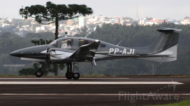 Diamond DA-62 (PP-AJI)